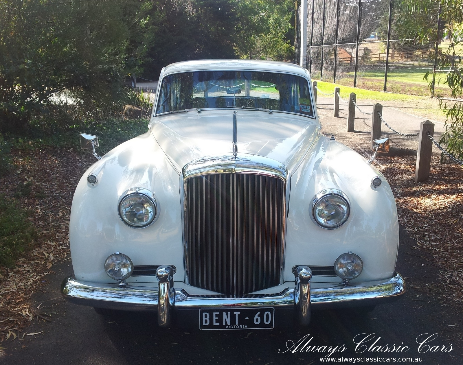 1960-Lwb-Cloud-Bentley