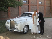 Luke-and-Stephanie-30-Dec-with-the-1960-Bentley-Cloud-at-Stones14c-2